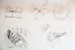 Päckchen (Bleistift auf Papier, 59,4 x 42 cm)